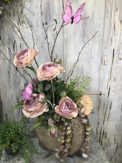 Styled one sided arrangement in shades of lavender